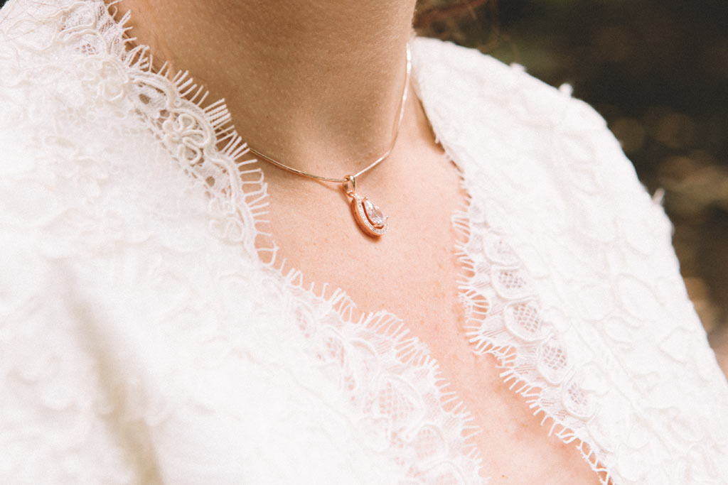 necklace california wedding